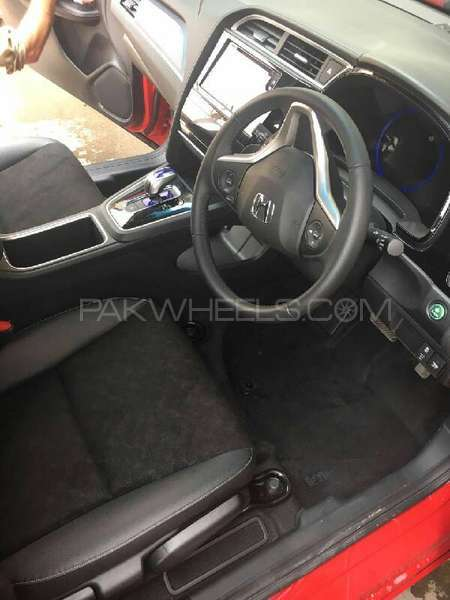 Honda Fit X 2014 Image-7