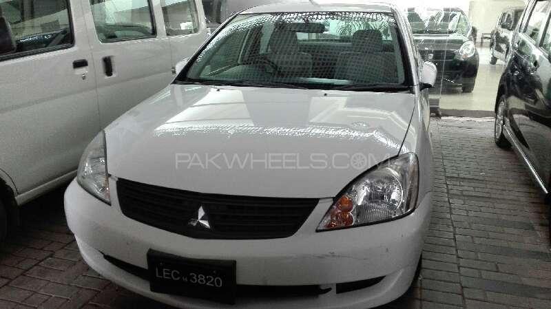 Mitsubishi Lancer GLX 1.3 2006 Image-1