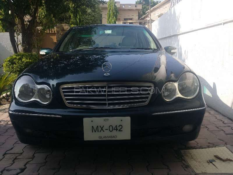 mercedes benz c class 2003 for sale in wah cantt pakwheels. Black Bedroom Furniture Sets. Home Design Ideas