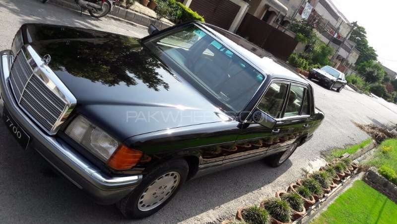 Mercedes Benz S Class 300SEL 1990 Image-1