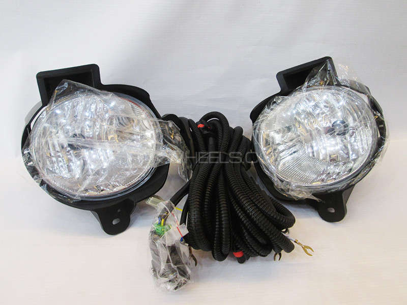 Hilux Double Cabin Fog Lamp DLAA - TYP517-P Image-1