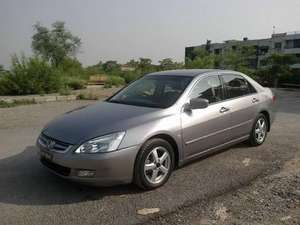 Slide_honda-accord-2-4-i-vtec-prosmatec-2005-12241399