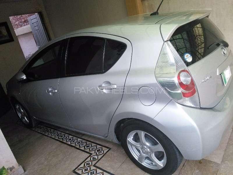 Toyota Aqua S 2012 Image-5