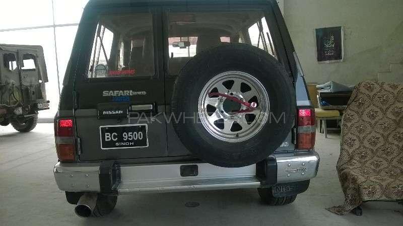 Nissan Safari 1992 Image-2