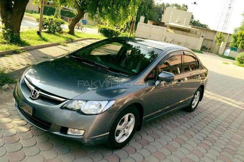 Honda Civic VTi Oriel 1.8 i-VTEC 2012 Image-13