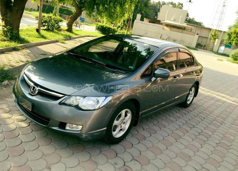 Honda Civic VTi Oriel 1.8 i-VTEC 2012 Image-8