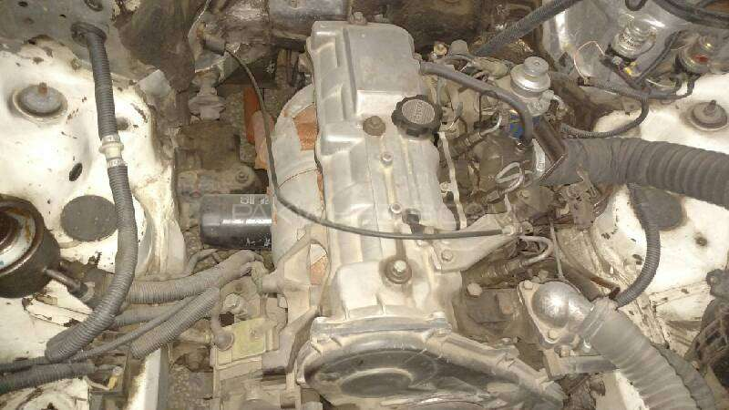 Toyota 2L 2400cc diesel engine Image-1
