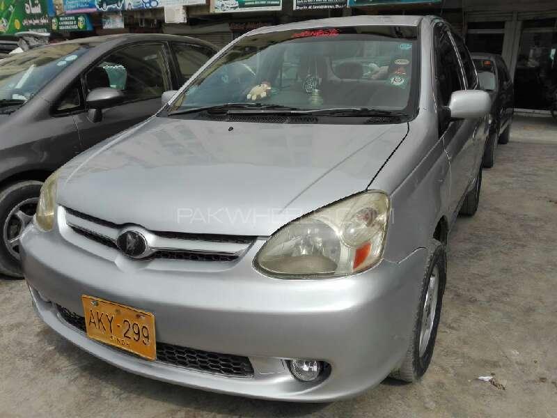 Toyota Platz 2004 Image-1