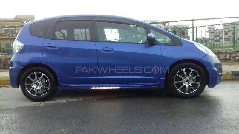 Honda Fit Hybrid Navi Premium Selection 2011 Image-14