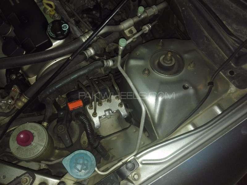 Honda Civic VTi Prosmatec 1.6 2006 Image-9
