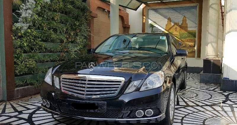 Mercedes Benz E Class E250 2011 Image-10