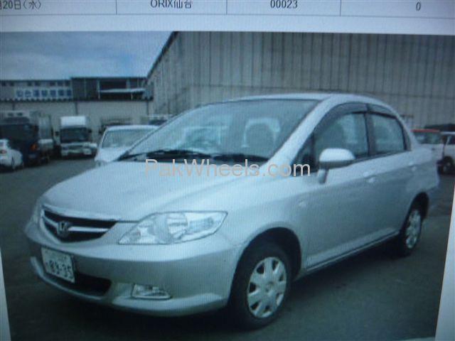Honda Fit 2007 Image-1