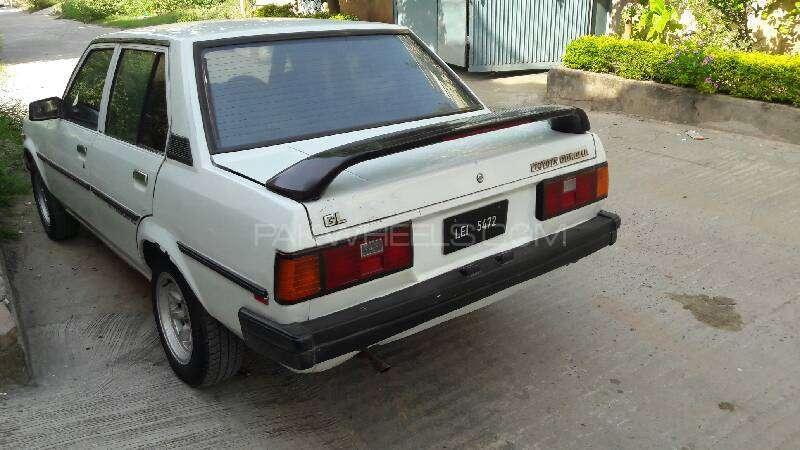 Toyota Corolla DX 1982 Image-10