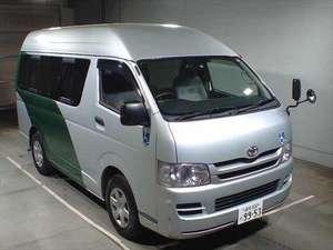 Slide_toyota-hiace-commuter-highroof-dual-a-c-2011-12722689