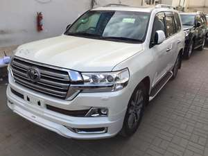 Toyota Land Cruiser ZX 2016 for Sale in Karachi