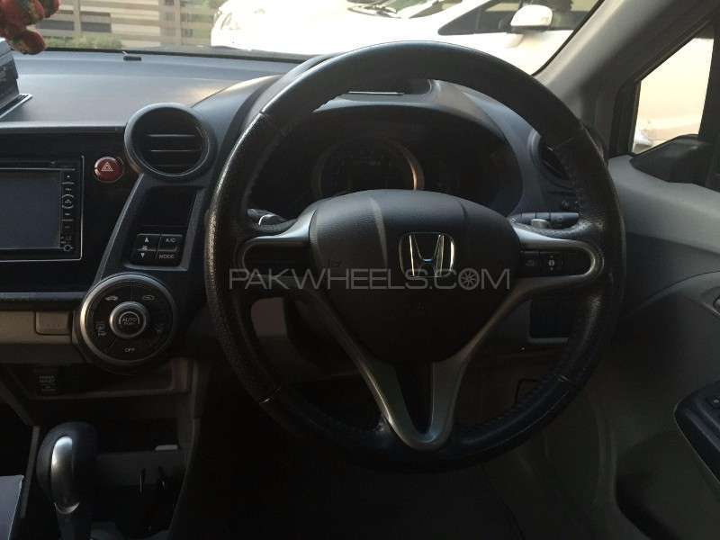 Honda Insight LS 2009 Image-10