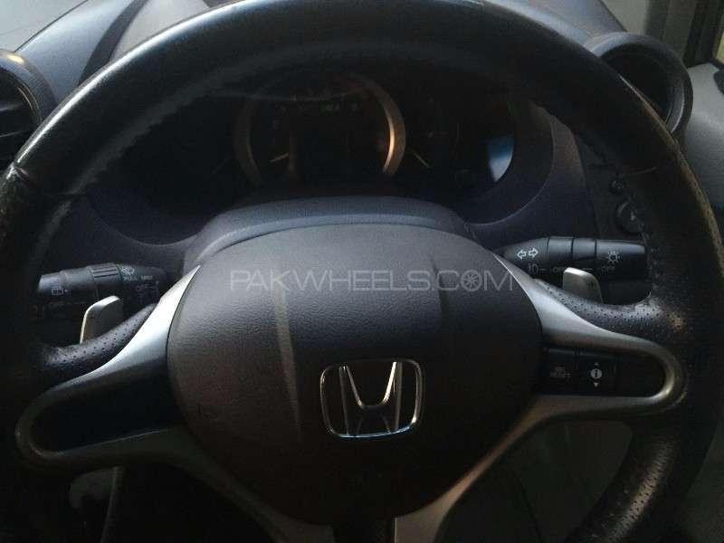 Honda Insight LS 2009 Image-11