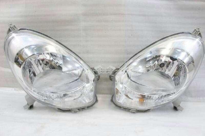 passo headlights pair Image-1