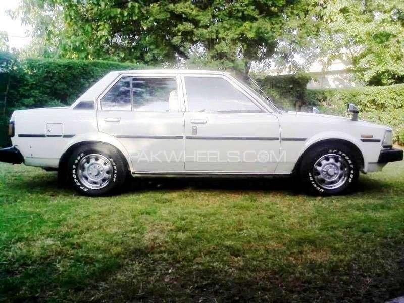 Toyota Corolla SE Limited 1982 Image-6