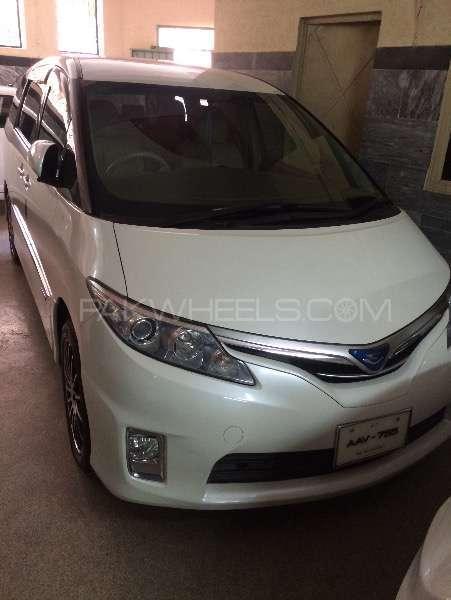 Toyota Estima Hybrid 2010 Image-1