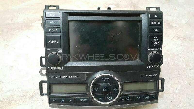 Toyota primio DvD player Image-1