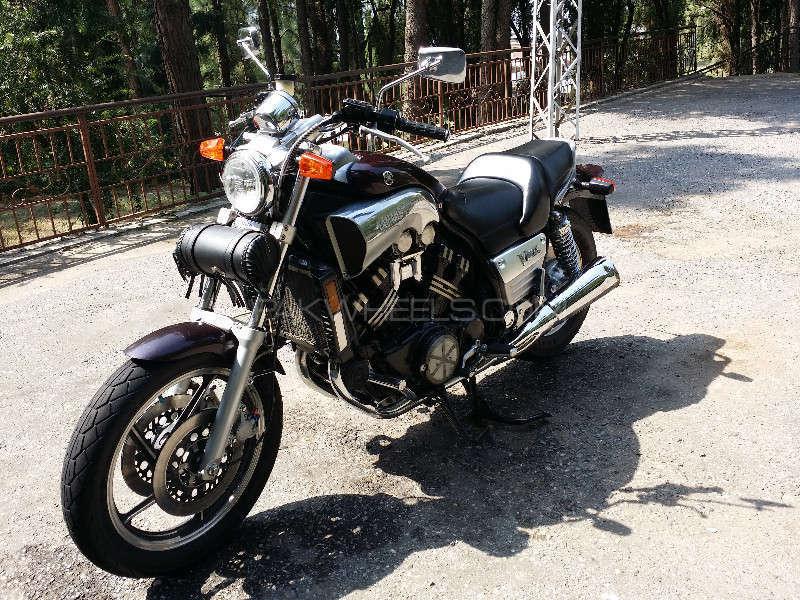 Yamaha V Max 1986 Image-1