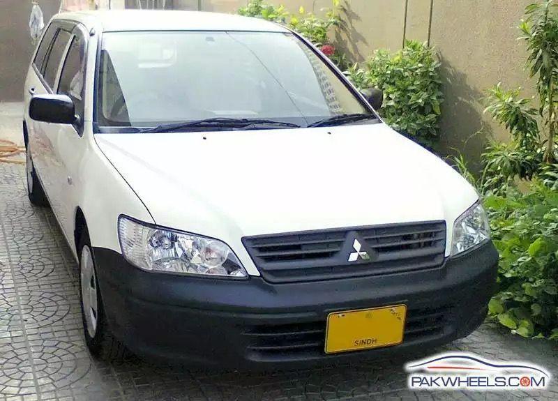 Mitsubishi Lancer GLX Automatic 1.6 2007 Image-1