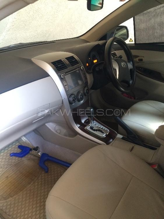Toyota Corolla Altis Cruisetronic 1.6 2012 Image-6
