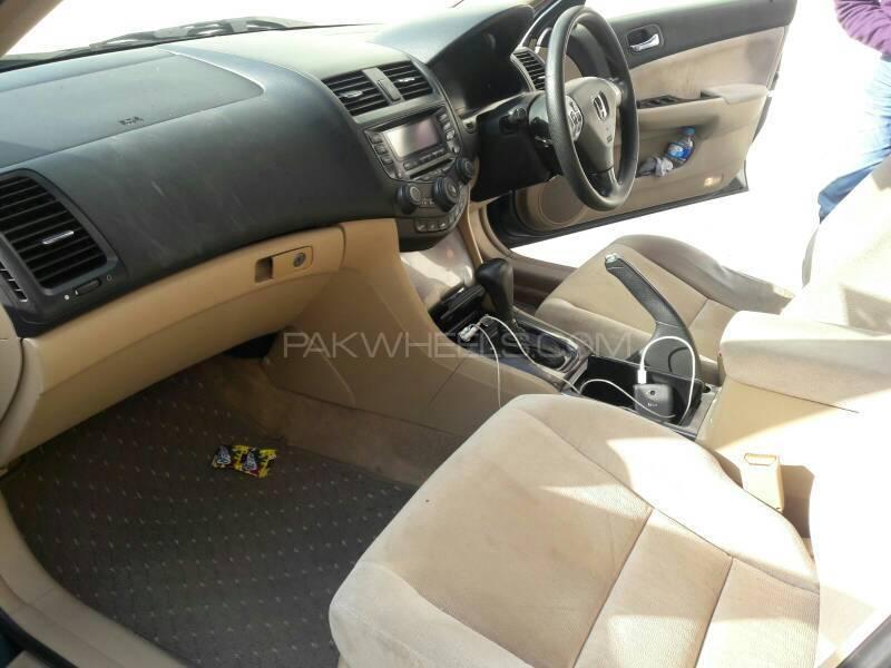 Honda Accord CL7 2004 Image-7