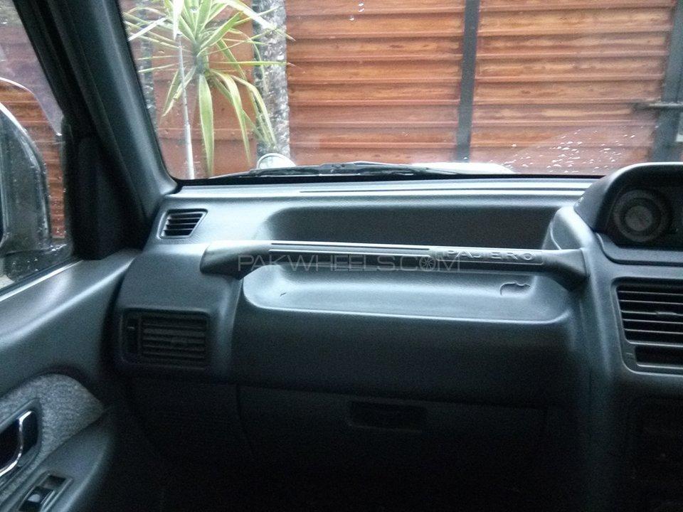 Mitsubishi Pajero Exceed Automatic 2.8D 1994 Image-7