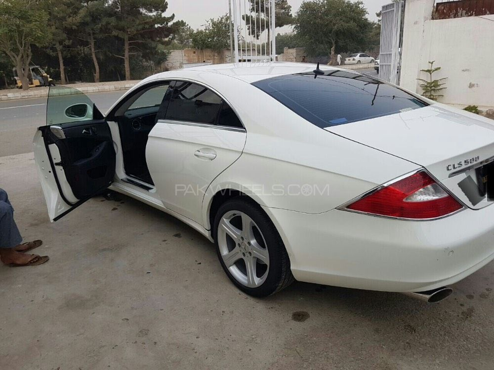 mercedes benz cls class cls500 2005 for sale in arifwala pakwheels. Black Bedroom Furniture Sets. Home Design Ideas