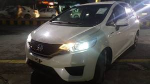 Honda Fit Hybrid F Package 2013 for Sale in Lahore