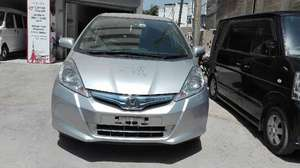 Honda Fit Hybrid 2013 for Sale in Karachi