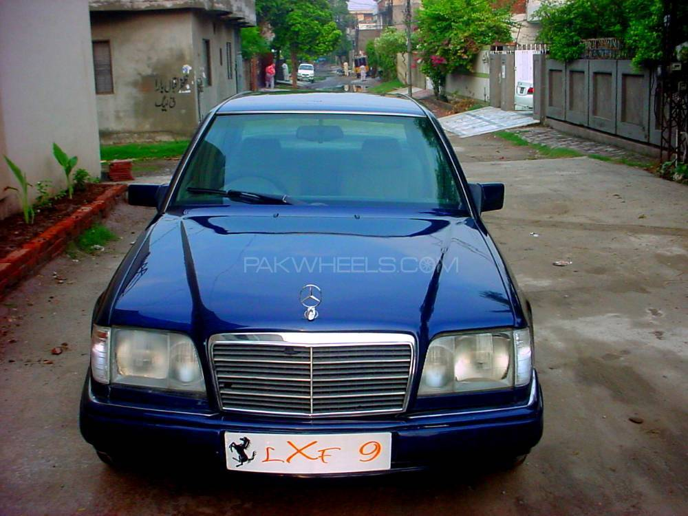 Mercedes benz e class e300 1998 for sale in lahore pakwheels for Mercedes benz 1998