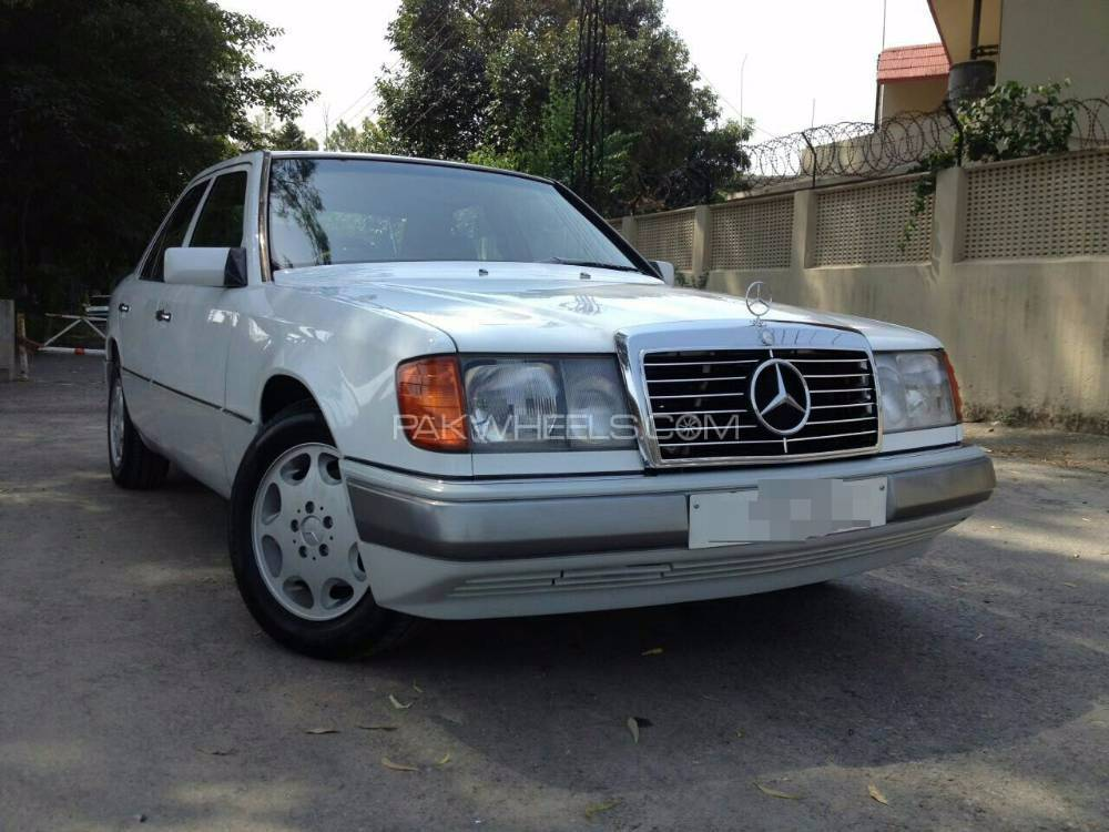 Service manual pdf 1990 mercedes benz e class body for Mercedes benz e class manual