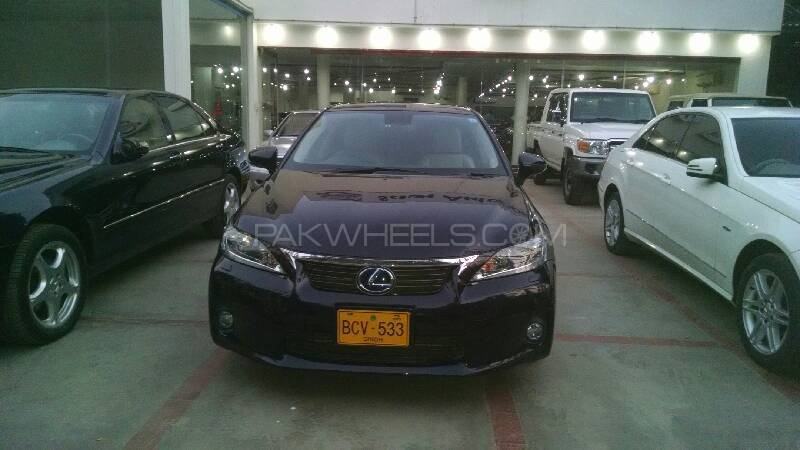 lexus ct200h f sport 2011 for sale in karachi pakwheels. Black Bedroom Furniture Sets. Home Design Ideas