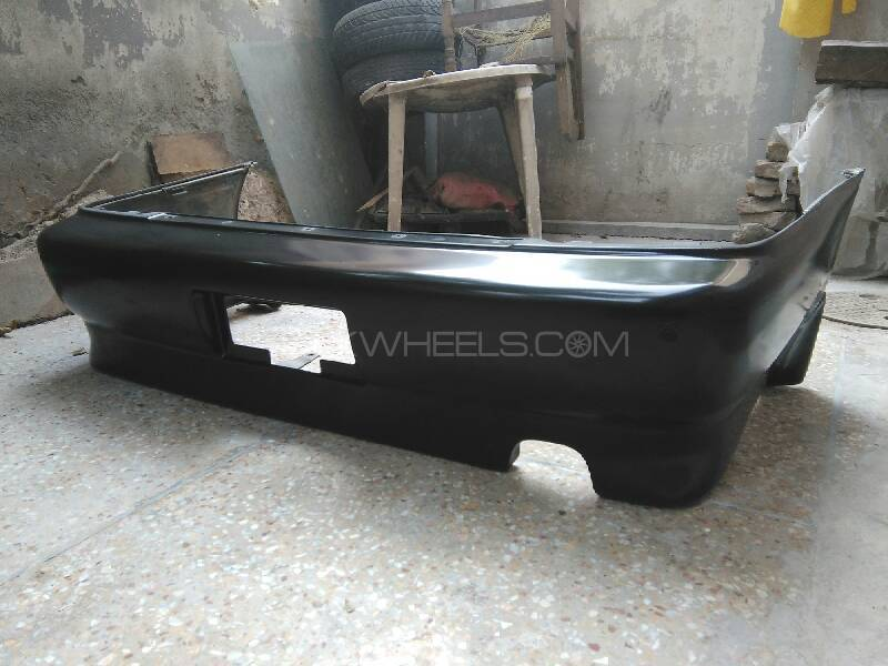 Toyoya Corolla 1994 Back Bumper With Genuine Kit For Sell Image-1