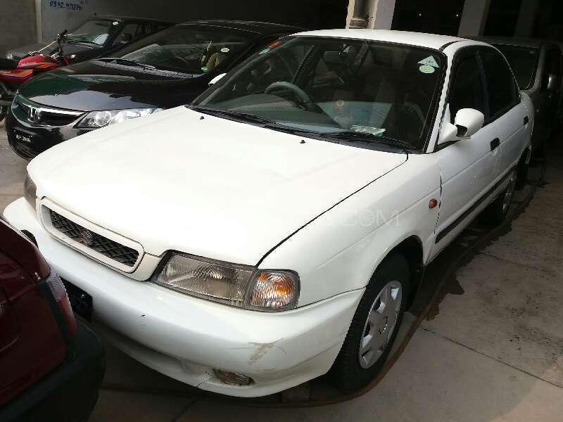 Suzuki Baleno GLi 1998 Image-1