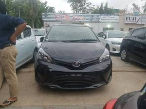 Toyota Vitz F Limited 1.0 2014 for Sale in Karachi