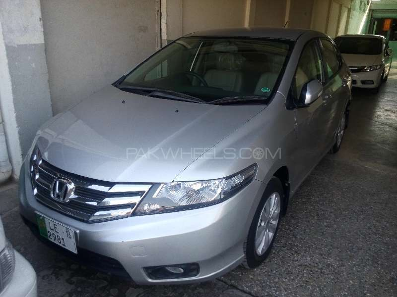 Honda City Aspire 1.3 i-VTEC 2015 Image-1