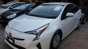 Slide_toyota-prius-s-touring-selection-my-coorde-1-8-2015-13399568