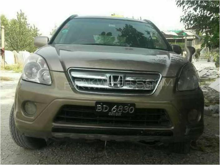 Honda CR-V 2004 Image-1