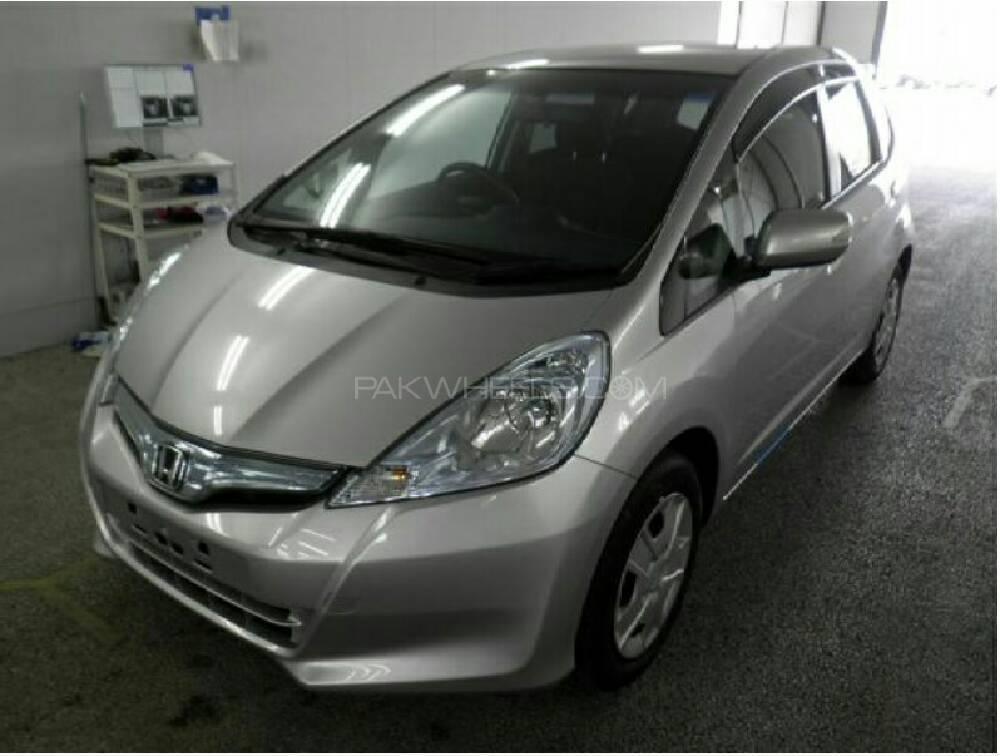 Honda fit hybrid smart selection 2011 for sale in lahore for Honda smart car