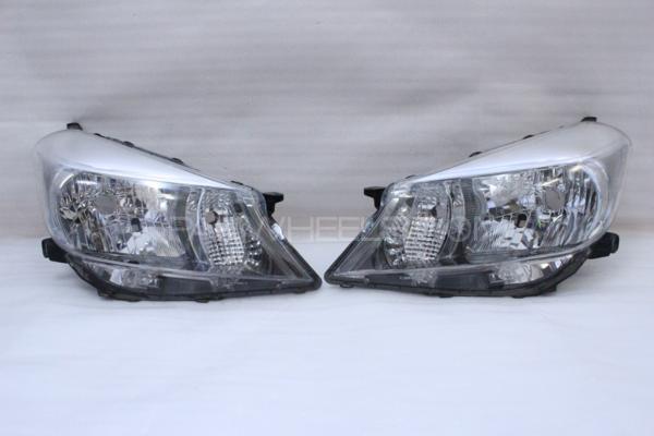 Vitz head light Model 2013-14  Image-1