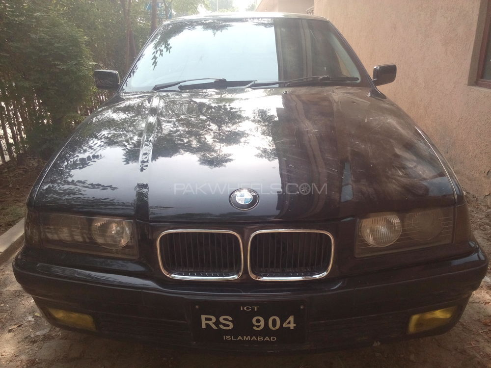 BMW 3 Series 325i 1994 Image-1