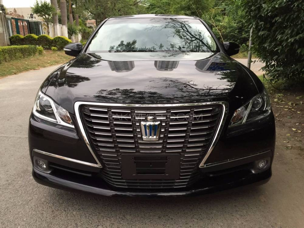 Toyota Crown 2012 Image-1
