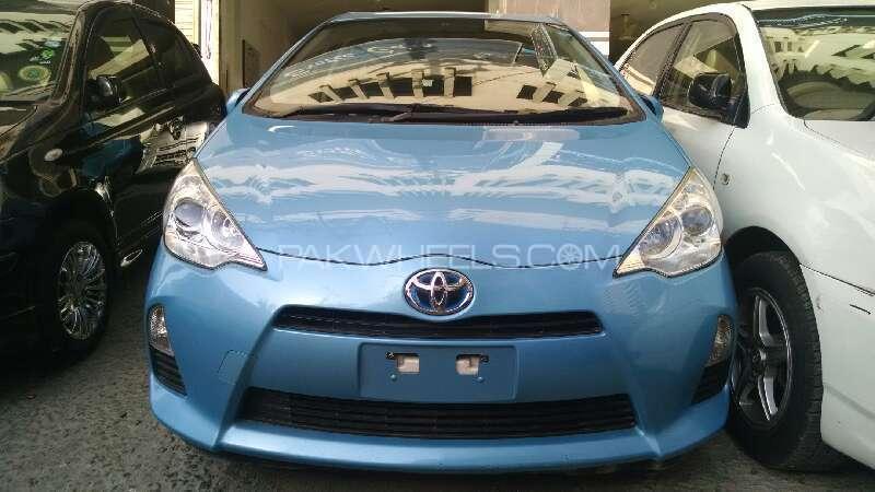 Toyota Aqua G 2011 Image-1