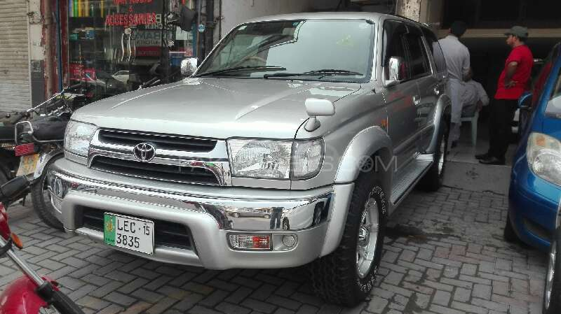 Toyota Surf SSR-G 3.4 2001 Image-1