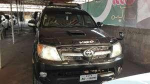 Toyota Hilux Vigo G 2004 for Sale in Rawalpindi