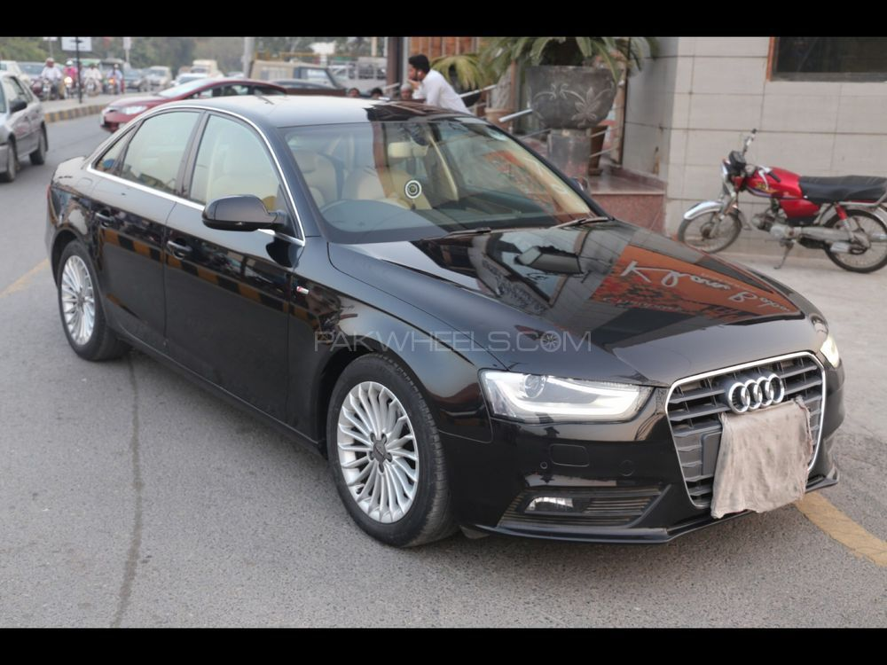 audi a4 1 8 tfsi 2014 for sale in lahore pakwheels. Black Bedroom Furniture Sets. Home Design Ideas